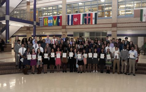 2016-2017 NHS Inductees.  Photo Courtesy of Lifetouch