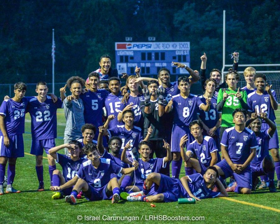 LRHS+Boys+Varsity+Soccer+Team+posing+for+a+photo+after+their+win+against+Glenelg.+Photo+courtesy+of+Israel+Carunungam.+