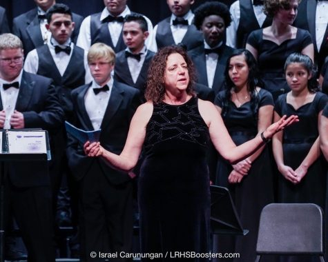 Ms. Pompei at the Winter Concert. Photo courtesy of Long Reach Boosters.