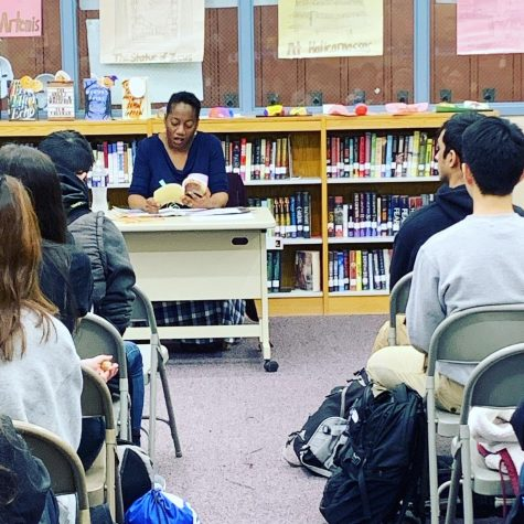 Photo of the HoCoPoLitSo Event in the media center during 3rd period. Photo courtesy of Ms.Lee.